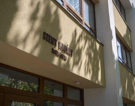 Szent Mihály fiúkollégium
